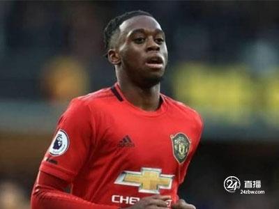 《电讯报》报道,曼联后卫万比萨卡将拒绝更换国家队他想继续为英格兰效力
