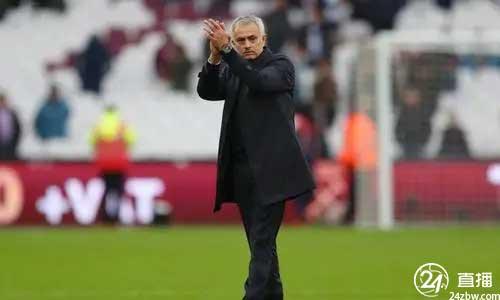 著名球员:穆里尼奥的表现让我感动。罗纳尔多的离开损害了意甲的形象