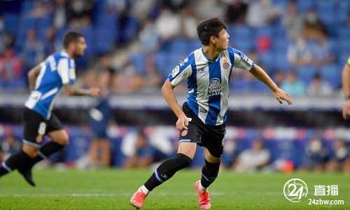 吴磊替补投失一刀,托马斯·德托马斯投进一分,西班牙人1-0击败阿拉维斯